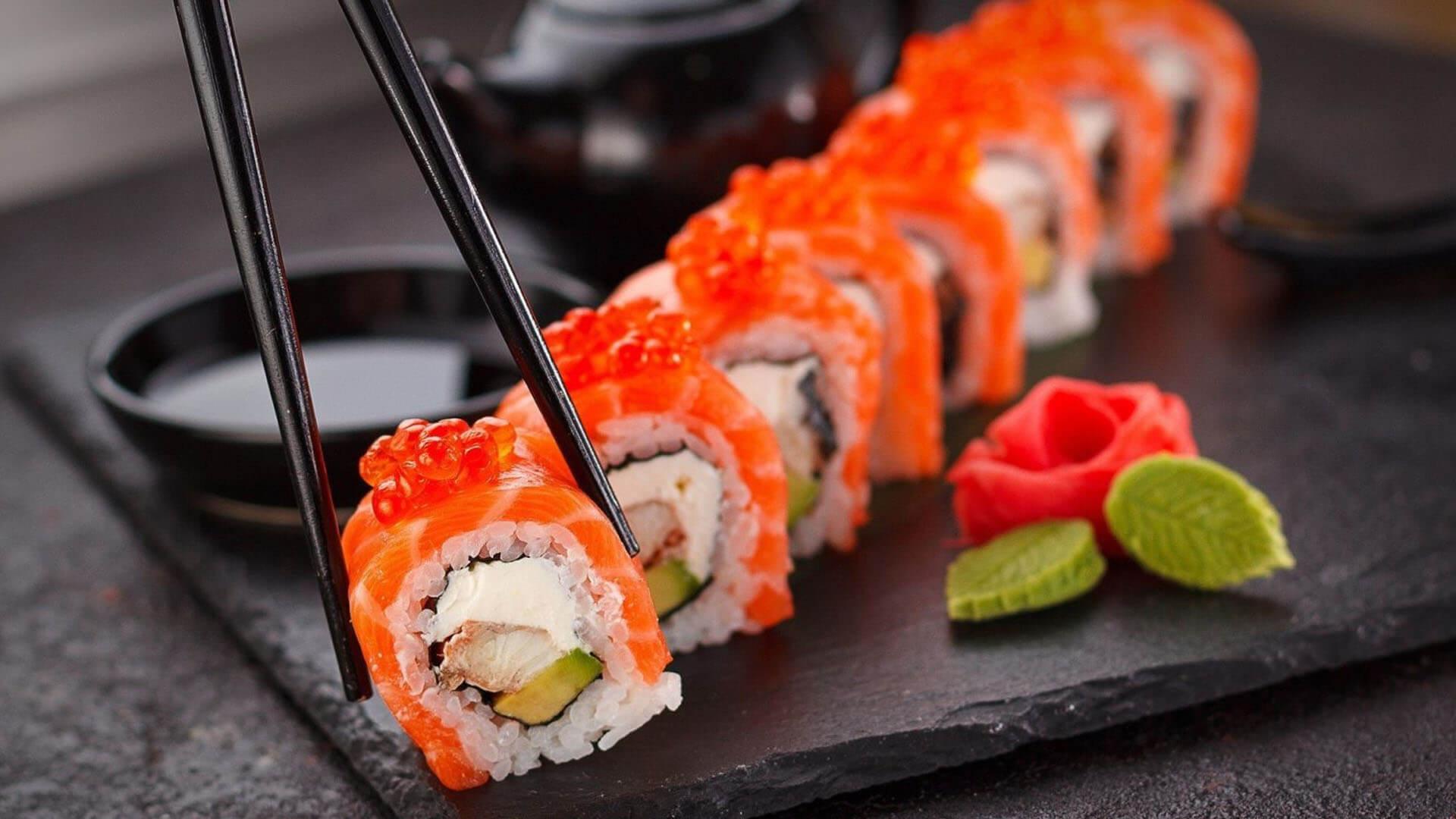 Comment manger des sushis de la bonne façon